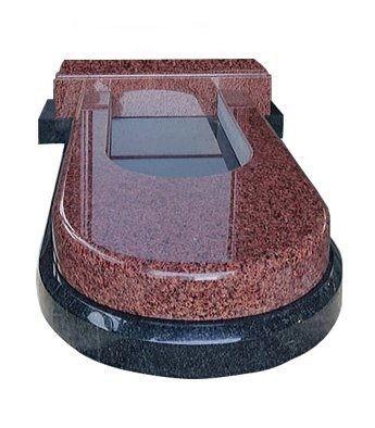 Надгробная плита полукруглой формы двухслойная из красного и черного гранита